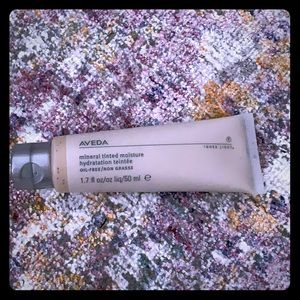 Aveda mineral tinted moisturizer